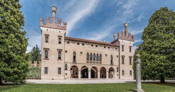facciata del castello di thiene ville venete